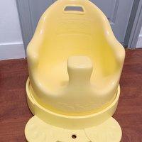 嬰兒餐椅滑行椅