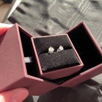 MaBelle白色黃金鑽石鑲嵌耳環brand new