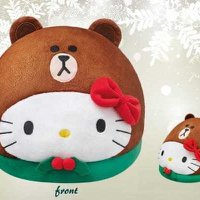LINE FRIENDS x Sanrio characters 扮Hello Kitty的Brown 熊大 暖脚寶 暧腳套 咕臣 cushion