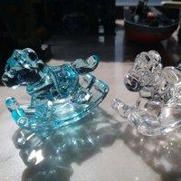 膠水晶木馬一對