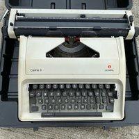 Japan made OLYMPIA 古董 打字機 收藏 typewriter